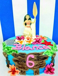Hoy os presentamos la tarta de la película Vaiana!!Sigue imaginando😍😍 www.tartasgourmet.com #tartavaiana #tartafondant #tartapersonalizada