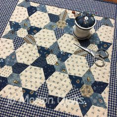 July finish, EPP, machine assembled, HQ and bound by me. Love handwork, how about you? Pattern and papers available here:… Blue Quilts, Star Quilts, Mini Quilts, White Quilts, Miniature Quilts, Foundation Paper Piecing, Paper Piecing Patterns, Hexagon Quilt, Doll Quilt