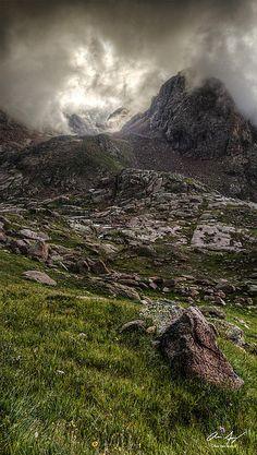 Aaron Spong - Peak Eighteen