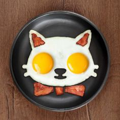 Make breakfast fun for everyone with this cat egg mold! It's perfect to use when you want 2 eggs sunny side up- the best way to eat them! Get creative and add some bacon for detail. Made from food-safe silicone. Cute Food, Good Food, Cat Egg, Egg Molds, No Egg Pancakes, Blueberry Pancakes, Pureed Food Recipes, Bacon Egg