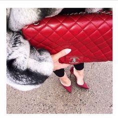 """So Classic ❤️ #style #fashion #outfitoftheday #red #chanel #fur #winter #arabsinlondon #uae #dubai #abudhabi #abudhabistyle"""