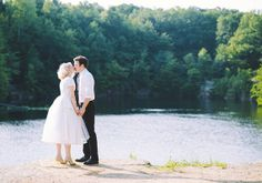 Summer Ohio wedding inspiration | photo by aster and olive | Miranda's Vintage Bridal | A charming fete