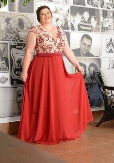 Vestidos Plus size vermelho 2020 Plus Size Brands, Plus Size Designers, Plus Size Homecoming Dresses, Fashion Sites, Feminine Dress, Embellished Dress, Model Photos, A Line Skirts, Summer Dresses