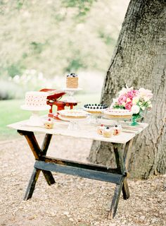 rustic dessert table www.jenhuangblog.com