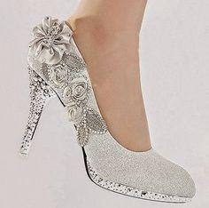 Resultado de imagem para sapatos customizados com pedrarias