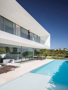 House in Ses Torres by Gallardo Llopis Arquitectos Modern House Plans, Modern House Design, Facade Design, Architecture Design, Technical Architect, Home Building Design, Modern Mansion, Indoor Outdoor Living, White Houses