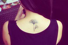 Elegante Gingko Blätter Tätowierungen, ideal für Kinder und Erwachsene! Platzieren Sie es auf Ihrem Rücken, Arm, Oberschenkel, Bauch, sieht