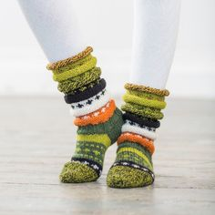 Skogsokken Leg Warmers, Friendship Bracelets, Socks, Knitting, Accessories, Fashion, Tights, Wrist Warmers, Threading