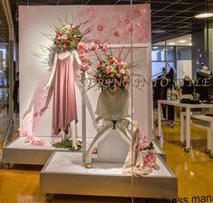 https://flic.kr/p/EA2V3o | Alice in Wonderland Themed Window Displays | Visual Merchandising Arts