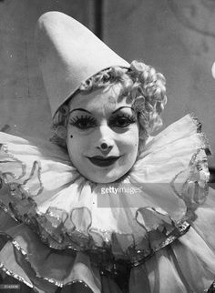 Lulu the clown wearing a traditional costume and make up. Get premium, high resolution news photos at Getty Images Clown Paintings, Send In The Clowns, Scary Clowns, The Past, Statue, Costumes, Traditional, How To Make, Fictional Characters
