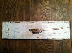 Avant la transformation. Bottle Opener, Wall, Old Furniture, Key Bottle Opener