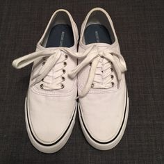 White Canvas Shoes White Canvas shoes. Worn only a few times. Mossimo Supply Co. Shoes Sneakers