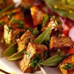 Recept: Jehněčí kebab   iGurmet.cz Chow Chow, Cakes And More, Potato Salad, Recipies, Chicken, Meat, Ethnic Recipes, Food, Lemon