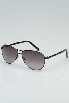 a5f7fde4201 A legit site sales authentic RayBan sunglasses for