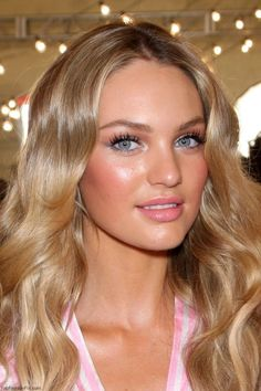 Candice Swanepoel soft pink make-up look :: Victoria Secret dewy skin