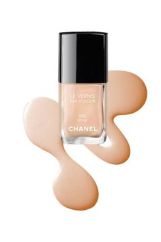 <p>CHANEL Le Vernis Nail Colour in Beige is