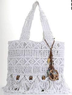 hola amigas he encontrado esta hermosa bolsa en internet pero no trae ningun grafico mi mama esta haciendo esta bolsa pero no le va a poner ...