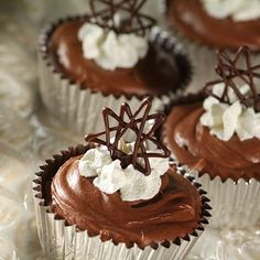Chocolate Chip Chocolate Clouds (Intermediate; 12 servings) #chocolate ...