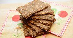 Her er en nem opskrift på glutenfri knækbrød. Knækbrødene bliver meget sprøde og har alligevel et lækkert bid. De smager skønt som de er, el...