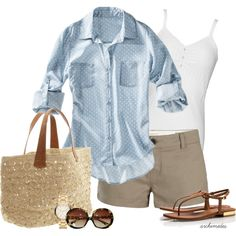 Take a look at the 15 casual summer outfits for women to wear all day in the photos below and get ideas for your own amazing outfits! Casual Summer Outfit with Converse Image source Mode Outfits, Short Outfits, Fashion Outfits, Womens Fashion, Fashion Trends, Preppy Outfits, Fashion Ideas, Everyday Casual Outfits, Denim Outfits