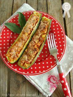 Zucchini stuffed with tomato sauce - zucchine ripiene al pomodoro