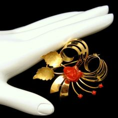 Mid Century Italy 18K 750 Gold Red Coral Rose by MyClassicJewelry