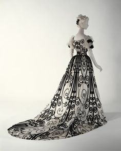 The design on this dress is amazing, c. 1900.