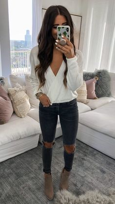Flawless Summer Outfits Ideas For Slim Women That Looks Cool - Oscilling Cute Winter Outfits, Fall Fashion Outfits, Casual Fall Outfits, Mode Outfits, Look Fashion, Autumn Fashion, Womens Fashion, Dress Up Outfits, Cute Simple Outfits