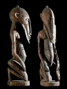 Statue figurant un Hogon - Dogon - Mali Afrique Art, Statues, Metal Working, Religion, Lion Sculpture, Carving, Traditional, Country, African