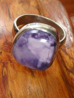 ~Precious 2 Tone TIFFANY STONE RING IN STERLING SILVER (SIZE 6)~ Removing Energy Blockages of Meridians & Chakras, Assisting Transitions, Emotional Strength~Take a Closer Look===>