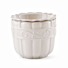 "VERANDA HOME COOL DIP Stoneware. Oven,microwave and dishwasher safe. 5¾ x 5¼"" 2 piece set. Item: 93488 $25.00"