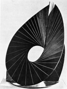 """Antoine Pevsner, """"Construction surface évolutive"""", 1938, Cuivre"""