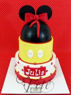 Mickey Minnie cake
