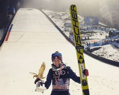"""Polubienia: 47, komentarze: 1 – WorldSkiJumping (@world.skijumping) na Instagramie: """"Once upon a time there was an amazing ski jumper who won fourhillstournament two times in a row.…"""""""