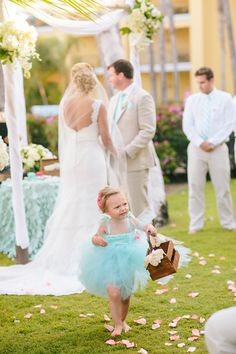#FlowerGirls | Photography: Mirelle Carmichael | Destination Weddings on SMP: http://www.StyleMePretty.com/destination-weddings/2014/01/31/mexico-wedding-at-dreams-los-cabos-golf-suite-spa-resort/