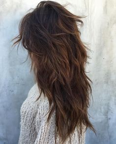 messy layers on ombre dark hair look chic