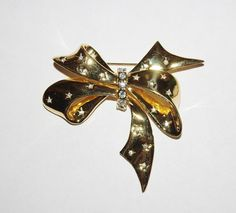 Joan Rivers Large Gold Tone Bow Pin Brooch      by SCLadyDiJewelry