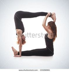 Yoga For Two People, 2 People Yoga Poses, Two Person Yoga Poses, Hard Yoga Poses, Couples Yoga Poses, Yoga Poses For Two, Partner Yoga Poses, Cool Yoga Poses, Yoga Poses For Beginners