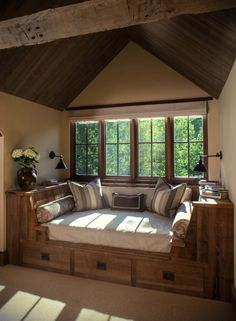 Bücherecke, Leseecke, Lesesessel, Leseraum, Bücherwurmtraum dream house luxury home house rooms bedroom furniture home bathroom home modern homes interior penthouse Easy Home Decor, Home Decor Bedroom, Cheap Home Decor, Master Bedroom, Bedroom Ideas, Bedroom Rustic, Rustic Room, Bedroom Furniture, Rustic Decor