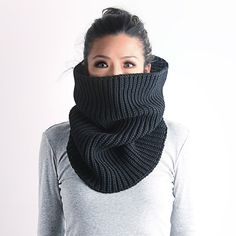 Knit cowl, wool knit cowl, chunky knit cowl, loop scarf, black knit cowl, knit cowl scarf, knitted loop scarf, knitted cowl, white knit cowl
