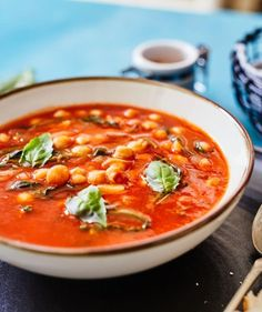 Krémes sült cékla   Street Kitchen Green Kitchen, Bruschetta, Fine Dining, Street Food, Thai Red Curry, Soup Recipes, Brunch, Dinner, Ethnic Recipes