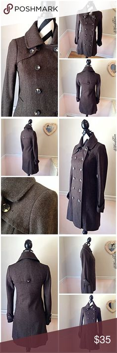 BCBGeneration Brown Tweed Trench Coat BCBGeneration Brown Tight Knit Tweed Trench Coat. A perfect blend of style and functionality. Fully lined. Coat is in used, good condition. I bought the coat at Belk around 2009. There is little to no pilling and a few loose strings. No stains, No holes, No rips. Coat still looks great and has lots of wear left. Feel free to ask questions. Measurements upon request. 🚫NO TRADES🚫 BCBGeneration Jackets & Coats Trench Coats