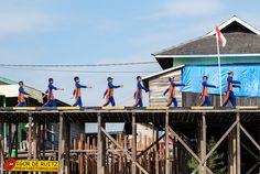 Villaggi lungo il Danau Jempang. Kalimantan (Indonesia).