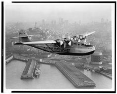 How Pan Am, dominated 1930's international Travel Article   Pan Am's China Clipper over San Francisco in 1936. Clyde H. Sunderland / Library of Congress, LC-USZ62-111417
