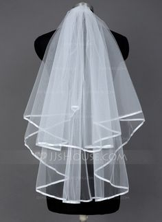 Fingertip Bridal Veils Tulle Two-tier Classic Cascade Ribbon Edge 33.46 in (85cm) White Ivory White Spring Summer Fall Winter A-line/Princess Ball Gown Sheath Mermaid Color & Style representation may vary by monitor 0.1 kg 0.15 kg Wedding Veils