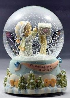I'm Sending You a White Christmas Snow Globe Christmas Snow Globes, Christmas Mood, Noel Christmas, All Things Christmas, White Christmas, Xmas, Chrissy Snow, Glitter Globes, Musical Snow Globes