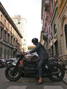neoretrostreetstyle:  Italian style, Milan! Tassel loafer x BMW!