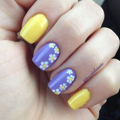 Super cute Easter / Spring nails for chic homeschool moms. Daisy Nails, Flower Nails, Fingernail Designs, Nail Art Designs, Flower Nail Designs, Cute Acrylic Nails, Cute Nails, Spring Nails, Summer Nails
