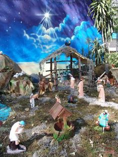 Click image to close this window Christmas Crib Ideas, Church Christmas Decorations, Christmas Manger, Christmas Nativity Scene, Altar Decorations, Christmas Villages, Modern Christmas, Simple Christmas, Beautiful Christmas