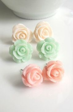 Pink Mint Green Cream Peach Roses.
